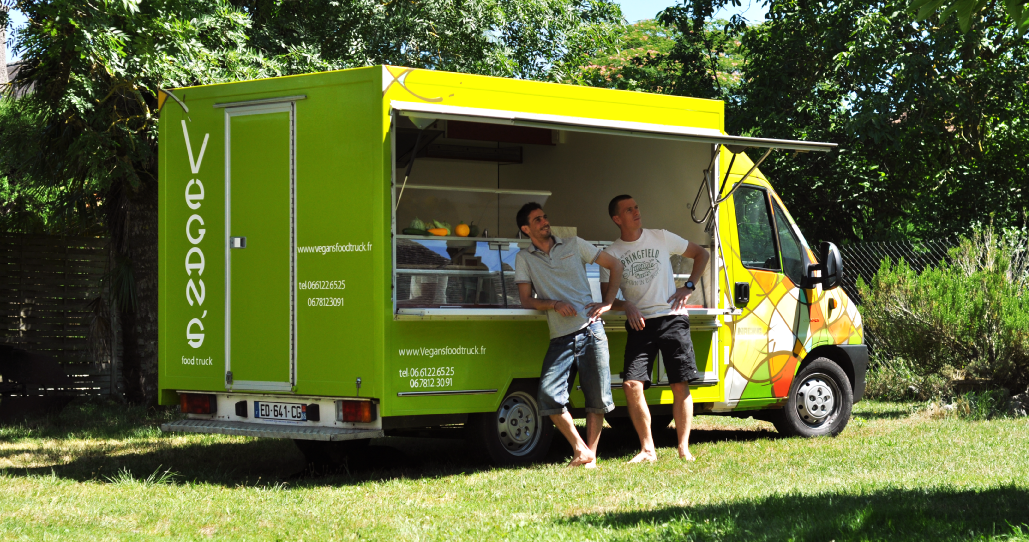 vegansfoodtruck-staff